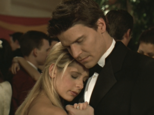 David Boreanaz and Sarah Michelle Gellar on Buffy the Vampire Slayer Buffy and Angel The Prom 6