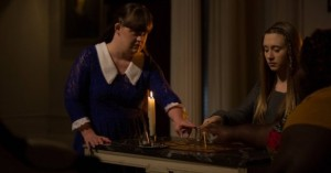 The-girls-seance-it-up-in-AHS-Coven-3x06-608x320